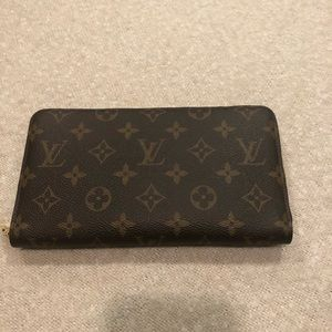 Louis VuItton large zip wallet, like new